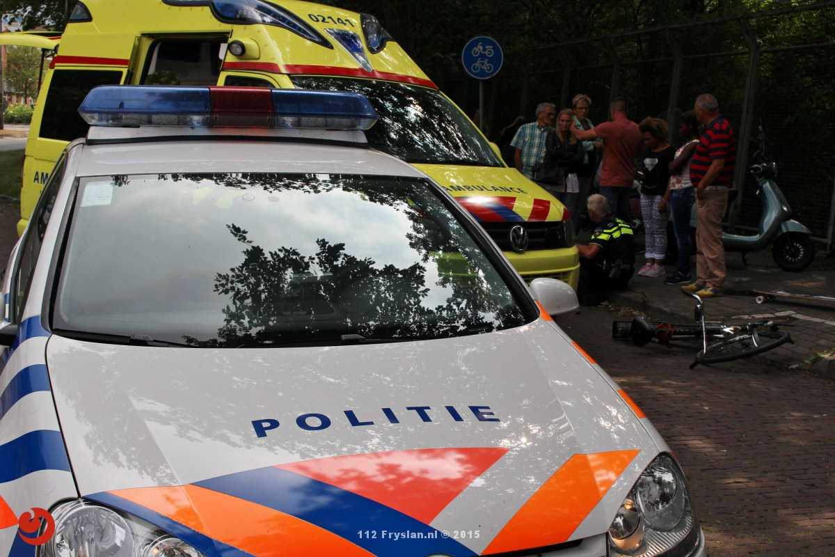 Fietser gewond na botsing met scooter