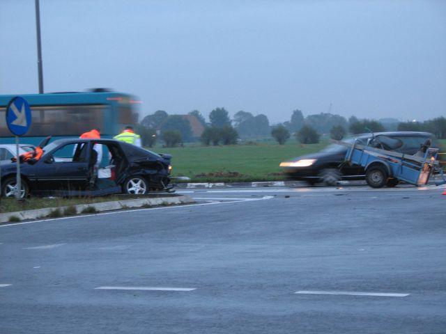 Aanrijding op drachtsterweg met twee gewonden
