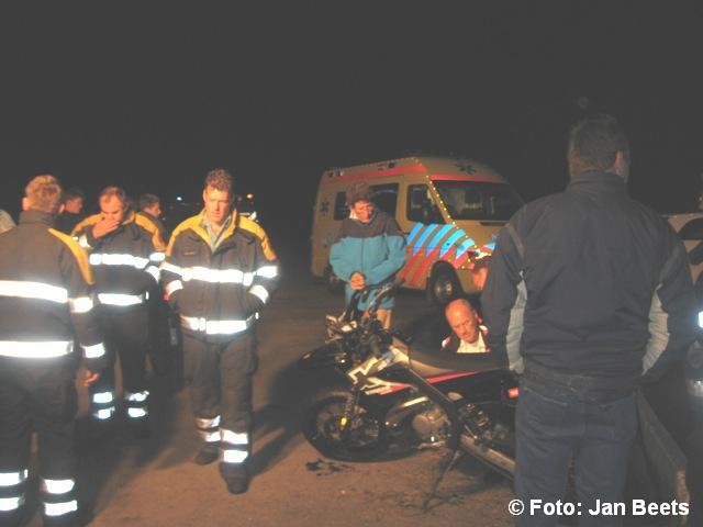 Twee gewonden bij brommer ongeluk