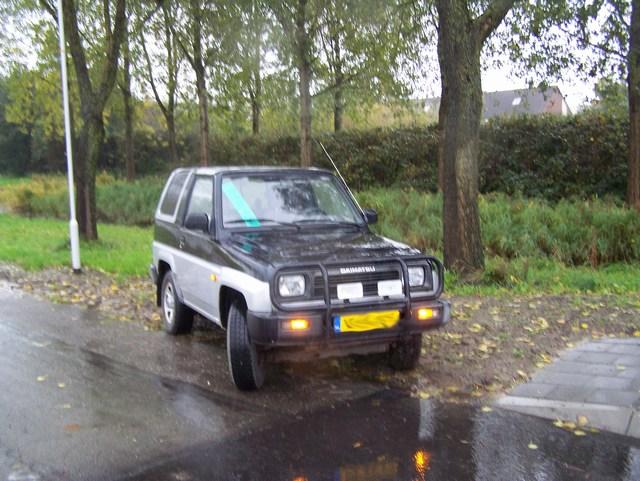 Leeuwarden: 2 autobrandjes
