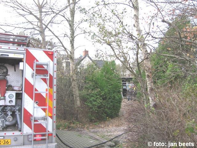 Brandweer blust schoorsteenbrand Kootstertille