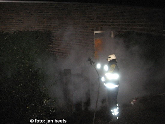 Afval container in brand Kollum