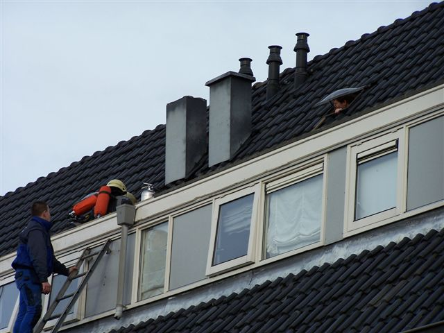 Leeuwarden: Woningbrand Insulindestraat + brandalarm NHL