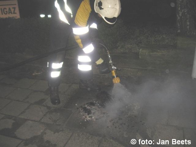 Schoorsteenbrand in Damwoude