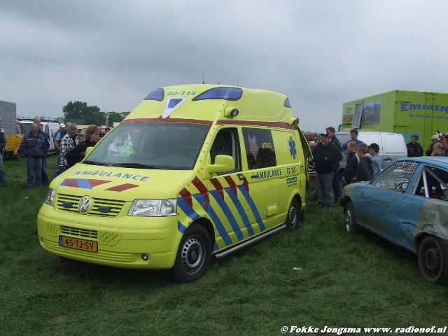 Man gewond tijdens autocross Kollum
