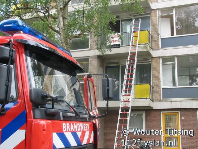 Brandweer doet voor tweede keer oefening in Konvooistraat