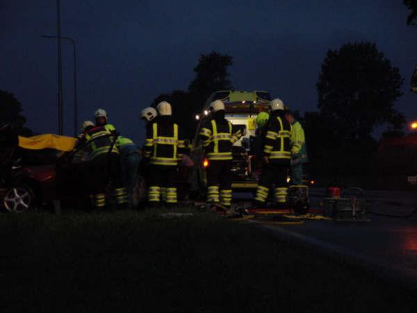 Twee personen gewond na ongeval met beknelling