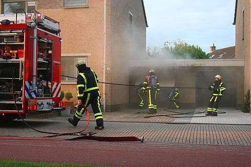 Garagebox in brand Heerenveen