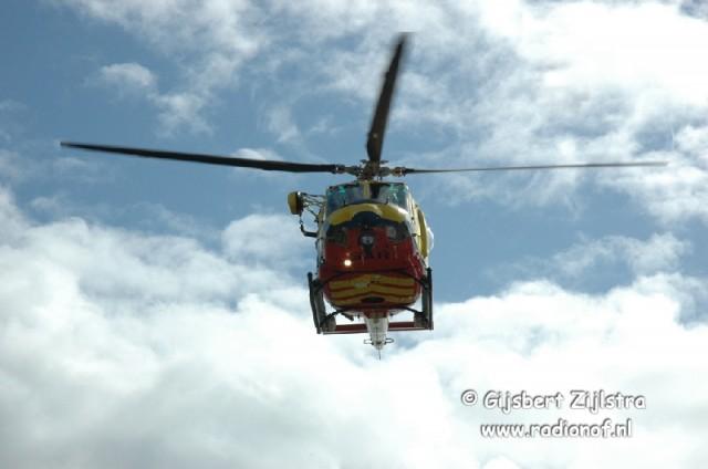 Brandweer assisteert bij helikopterlanding