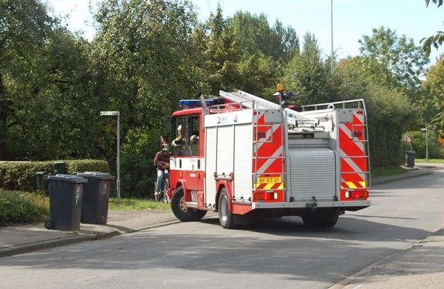 Klein brandje aan de Voorweg in Driesum