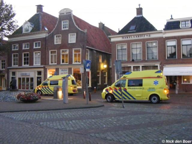Brandweer Harlingen assisteert ambulance