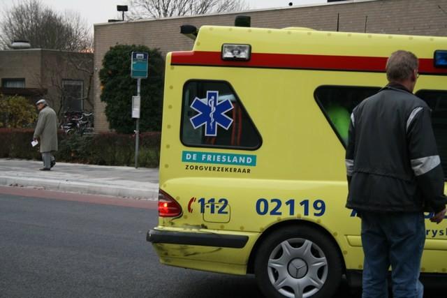 Bus raakt ambulance bij aanrijding