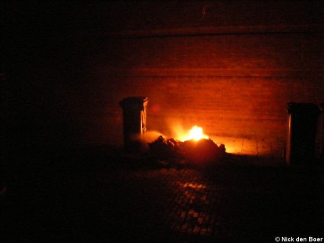 Containerbrand Prinses Magrietstraat Harlingen (FILM)