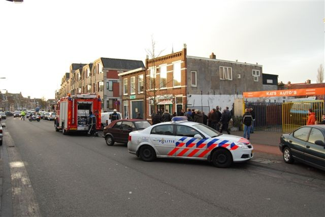 Brandweer rukt uit voor bedrijfsbrand Leeuwarden