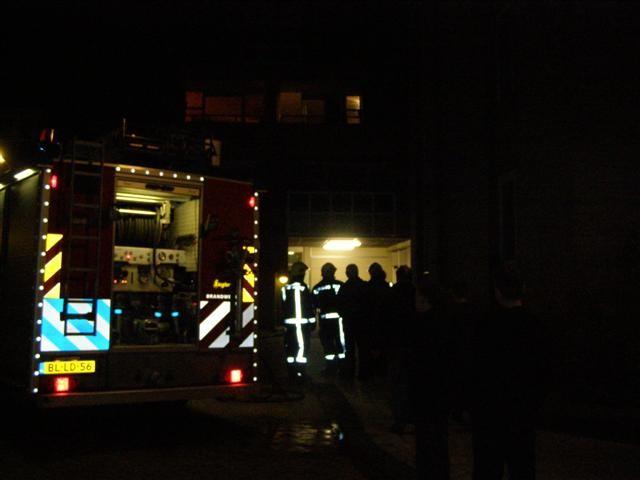 Brandweer Leeuwarden rukt opnieuw uit voor een woningbrand