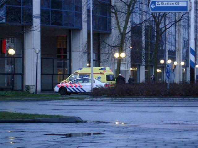 Leeuwarden: twee mannen gewond na messteken
