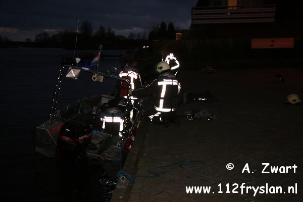 Hulpverleners oefenen in de Alde Feanen ( video )