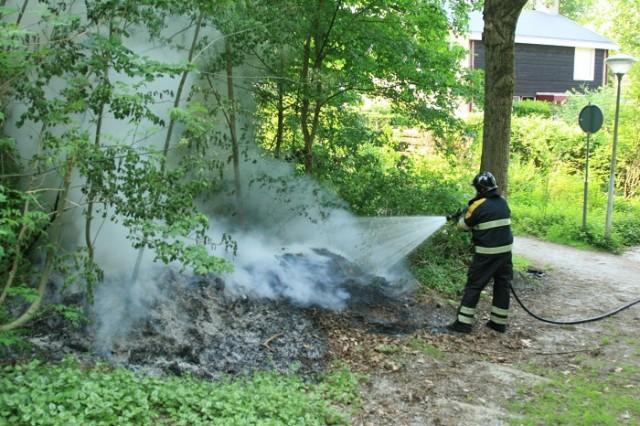 Drachtster brandweer druk met buitenbrandjes