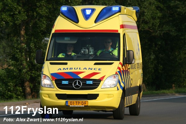 Extra ambulances voor Friesland