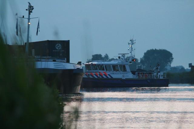 Een vermiste en vijf gewonden bij scheepsongeval (video)