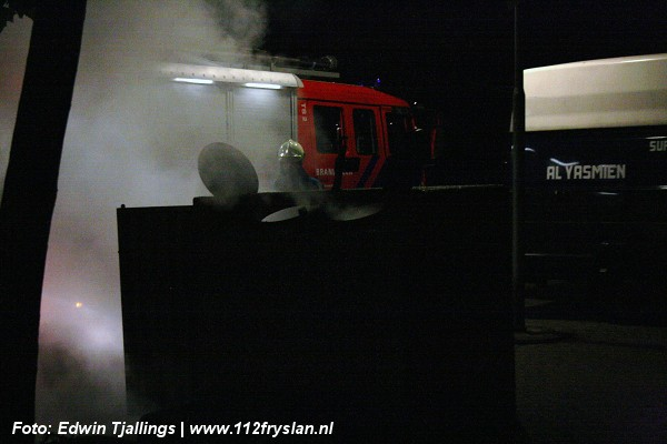 Afvalcontainer in brand