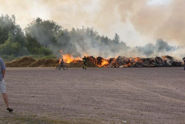 Twaalfjarige zet complete wijk in rook