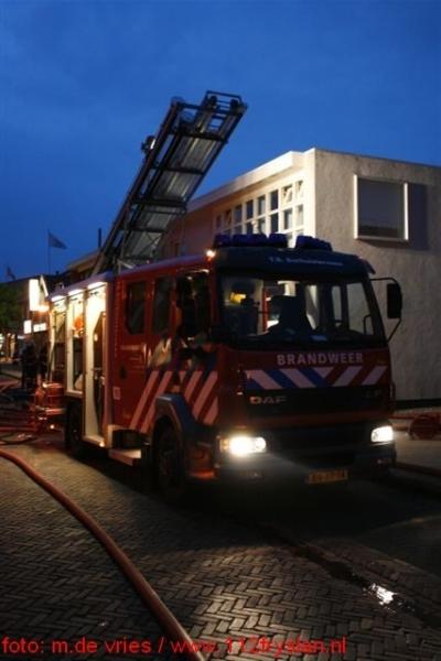 Brand in schoenenwinkel Surhuisterveen