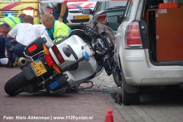 Motoragent gewond na aanrijding