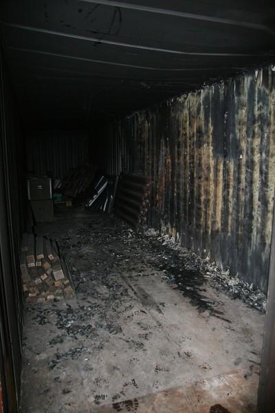 Tersoal: Schaftkeet volledig uitgebrand (video)