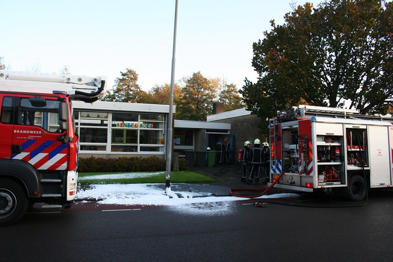 Brandweer voorkomt uitslaande brand in basisschool