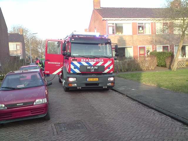 Bewoners blussen zelf keukenbrand