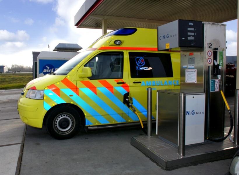 Proef met eerste ambulance op aardgas in Friesland