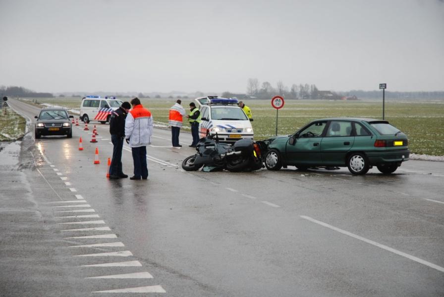 Motorrijder gewond bij aanrijding