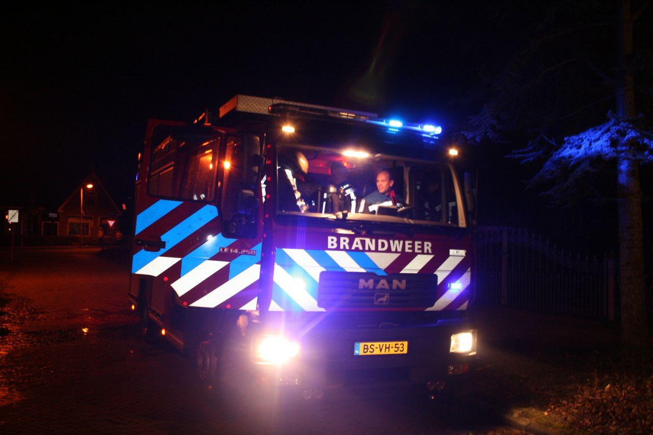 Buitenbrand blijkt brandend bankstel