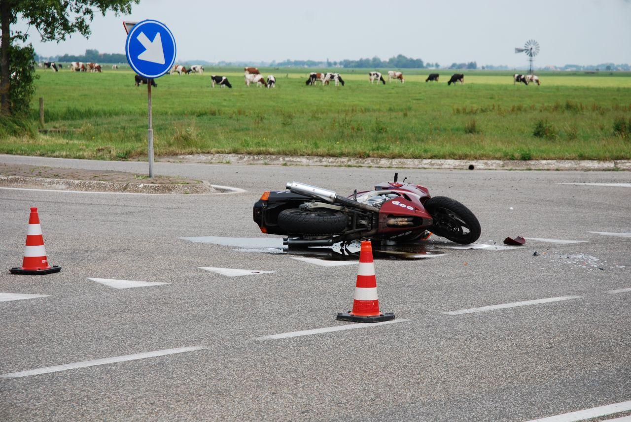 Ongeval met motor op gevaarlijke kruising