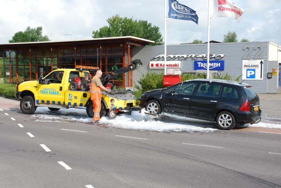Motorcompartiment uitgebrand na kortsluiting *foto update*