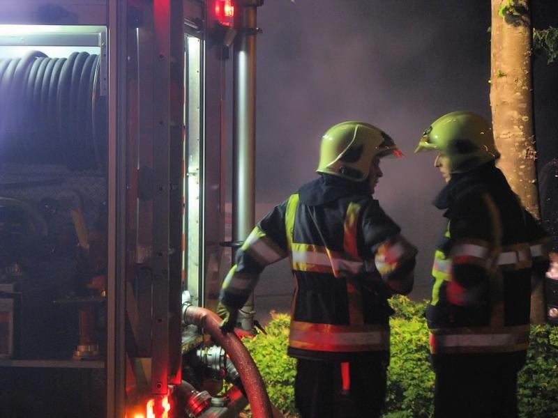 Auto's verwoest bij brand