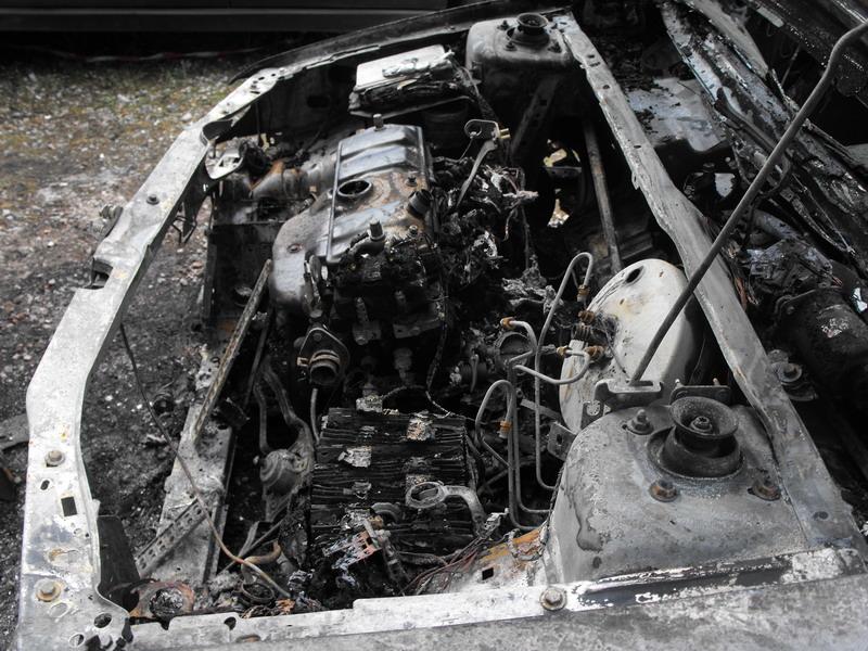 Vijf autos totaal verwoest bij brand