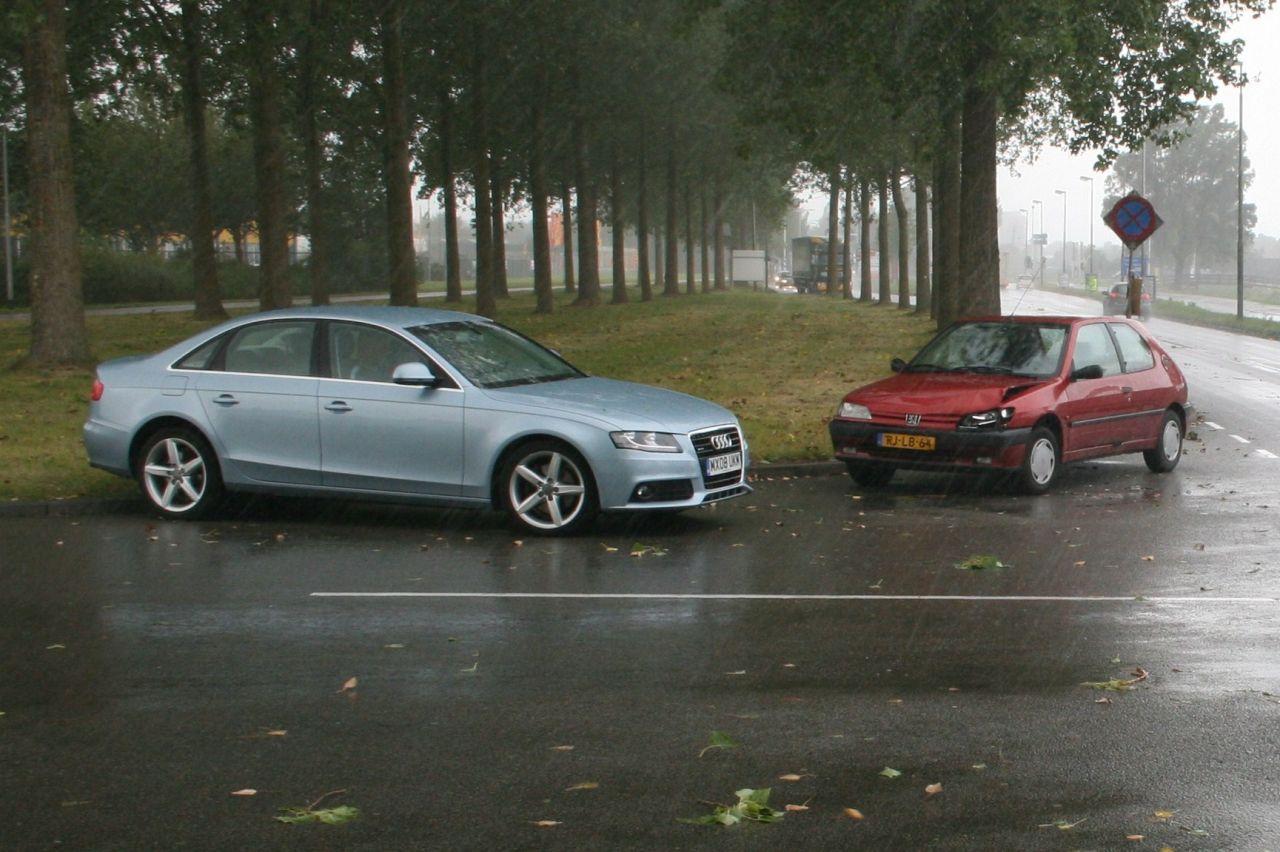 Auto's botsen op de Hemrik