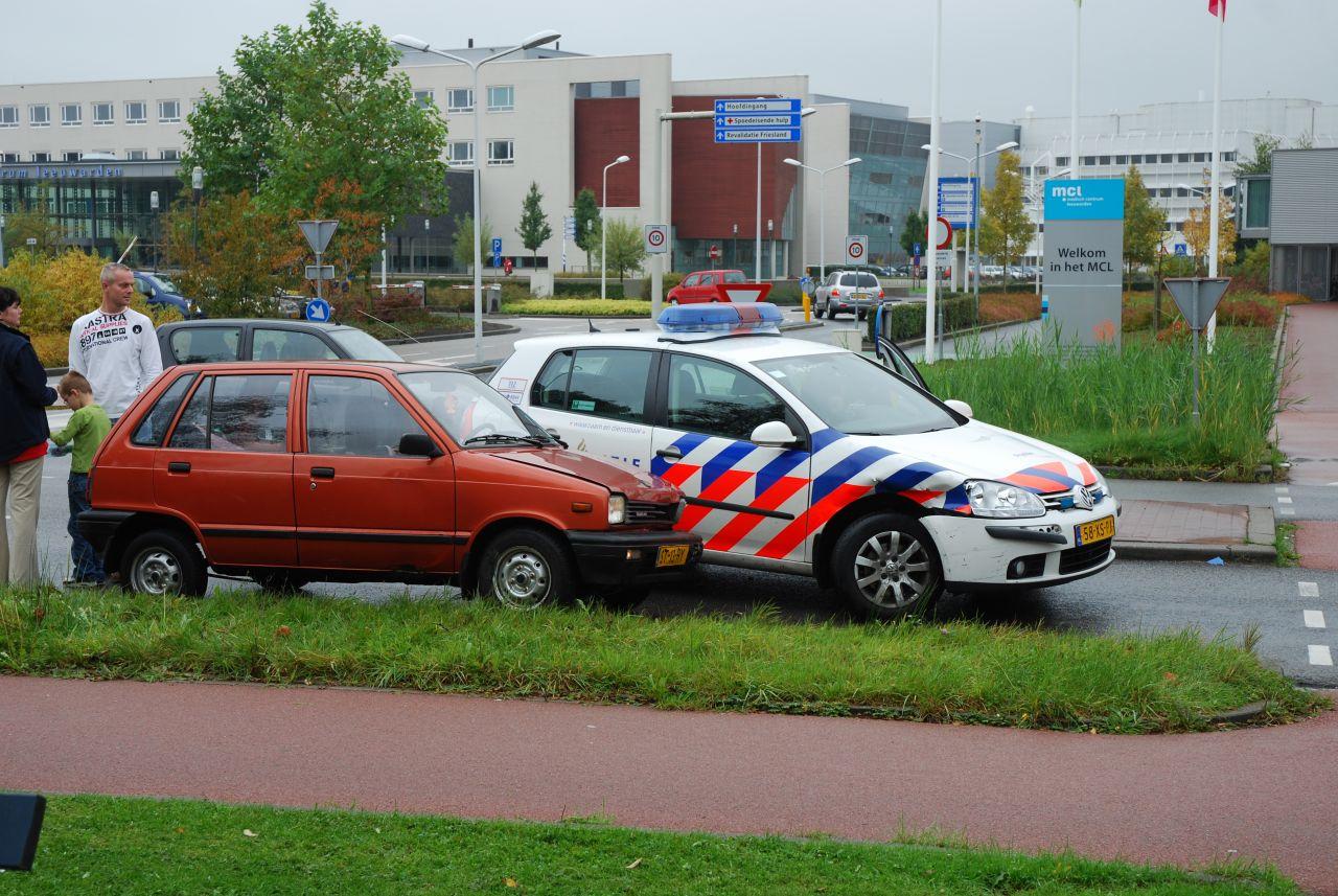 Aanrijding met politieauto