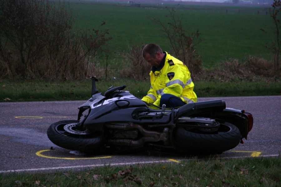 Motorrijder gewond bij zware aanrijding