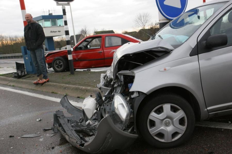 Drie gewonden bij ongeval N359
