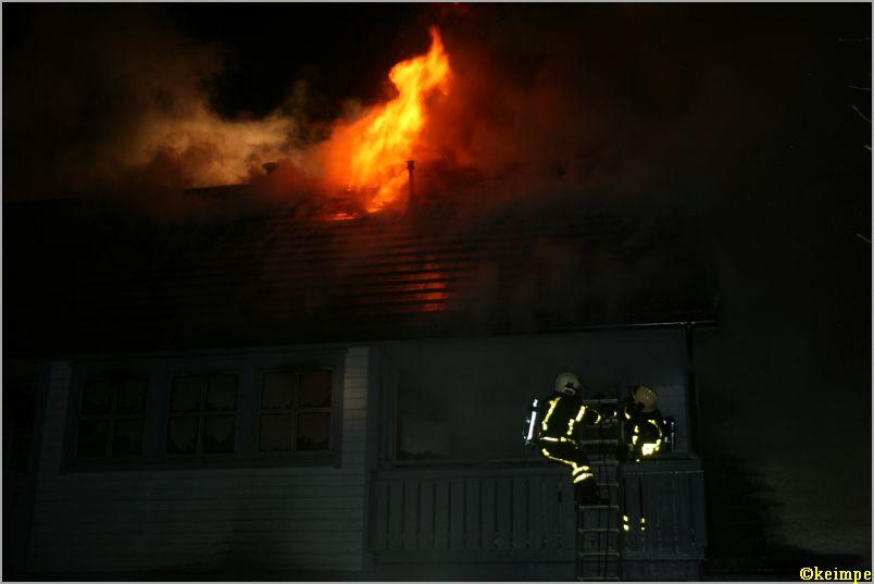 Houtskelet woning verwoest door brand