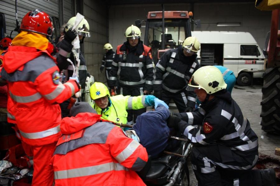 Brandweer oefent met MMT