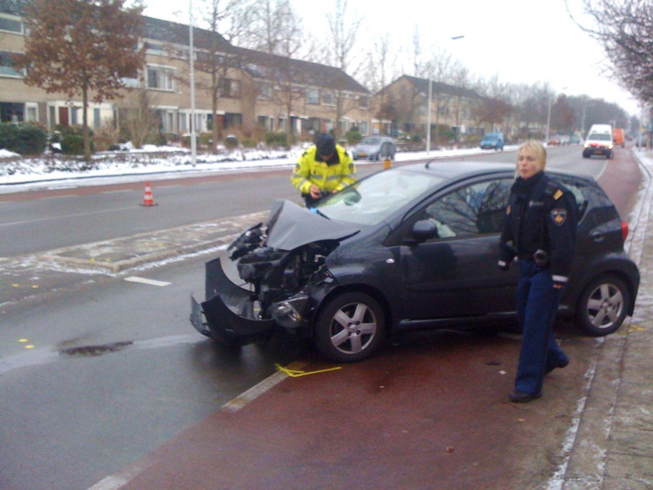 Vrouwen gewond bij eenzijdig ongeval