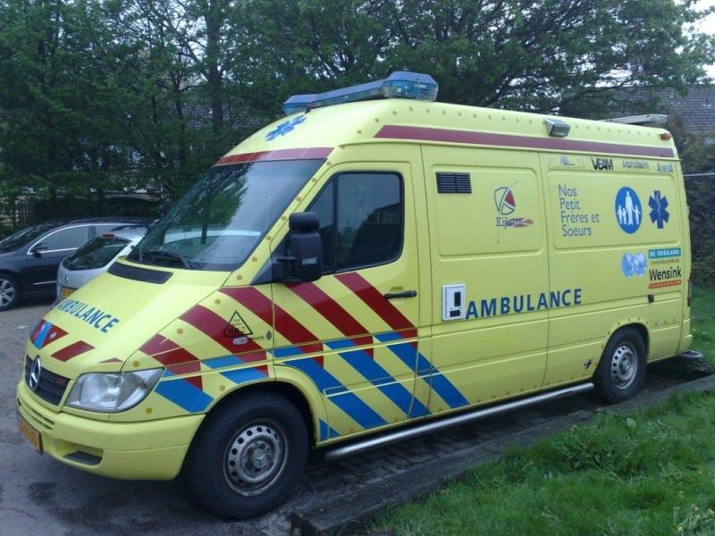 Ambulance en kraampakketten voor Haïti