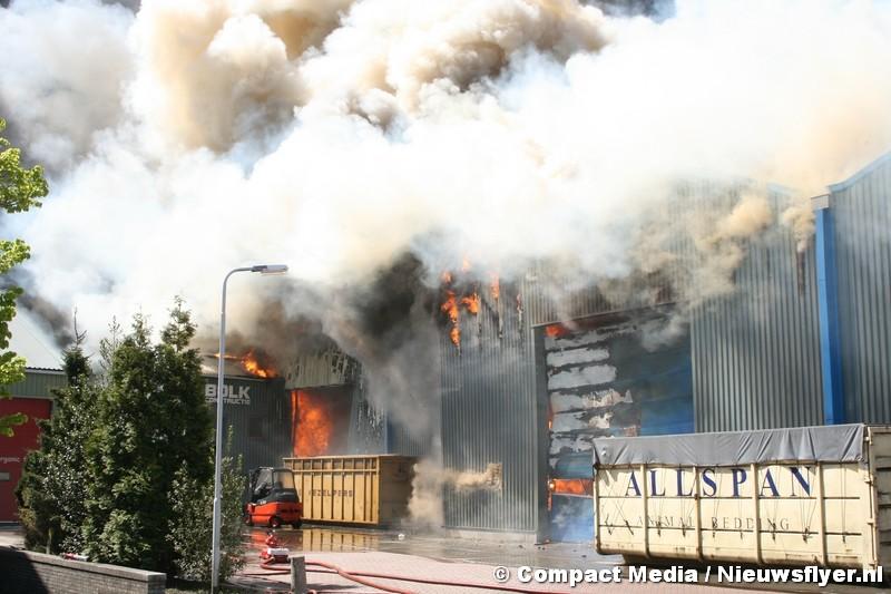 Gevaar geweken na grote brand