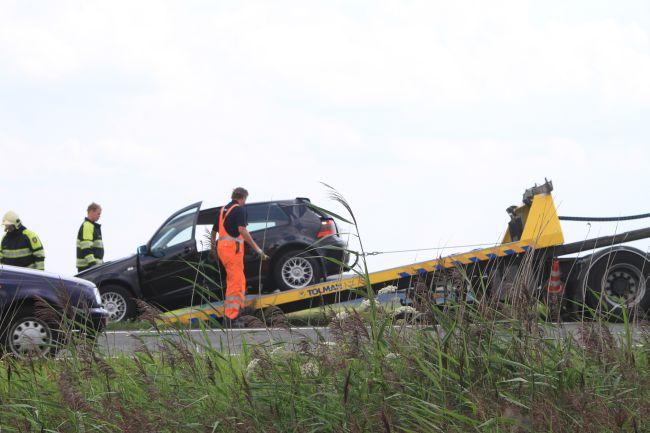 Auto op zijkant op de A7