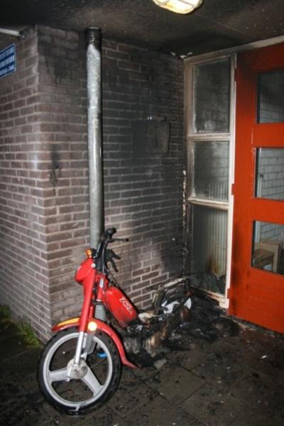 Automatisch brandalarm blijkt brandende brommer