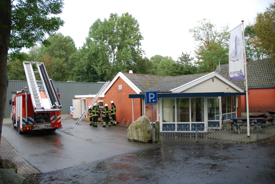 Keukenbrandje, geknapte cv leiding en frituurpan in brand
